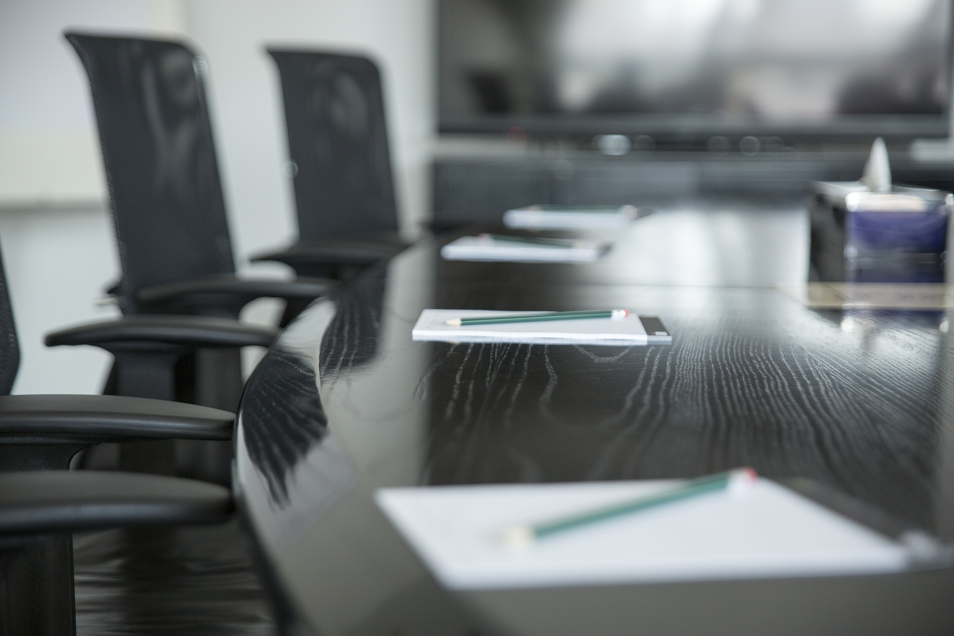 table de réunion pour un comité de direction d'entreprise
