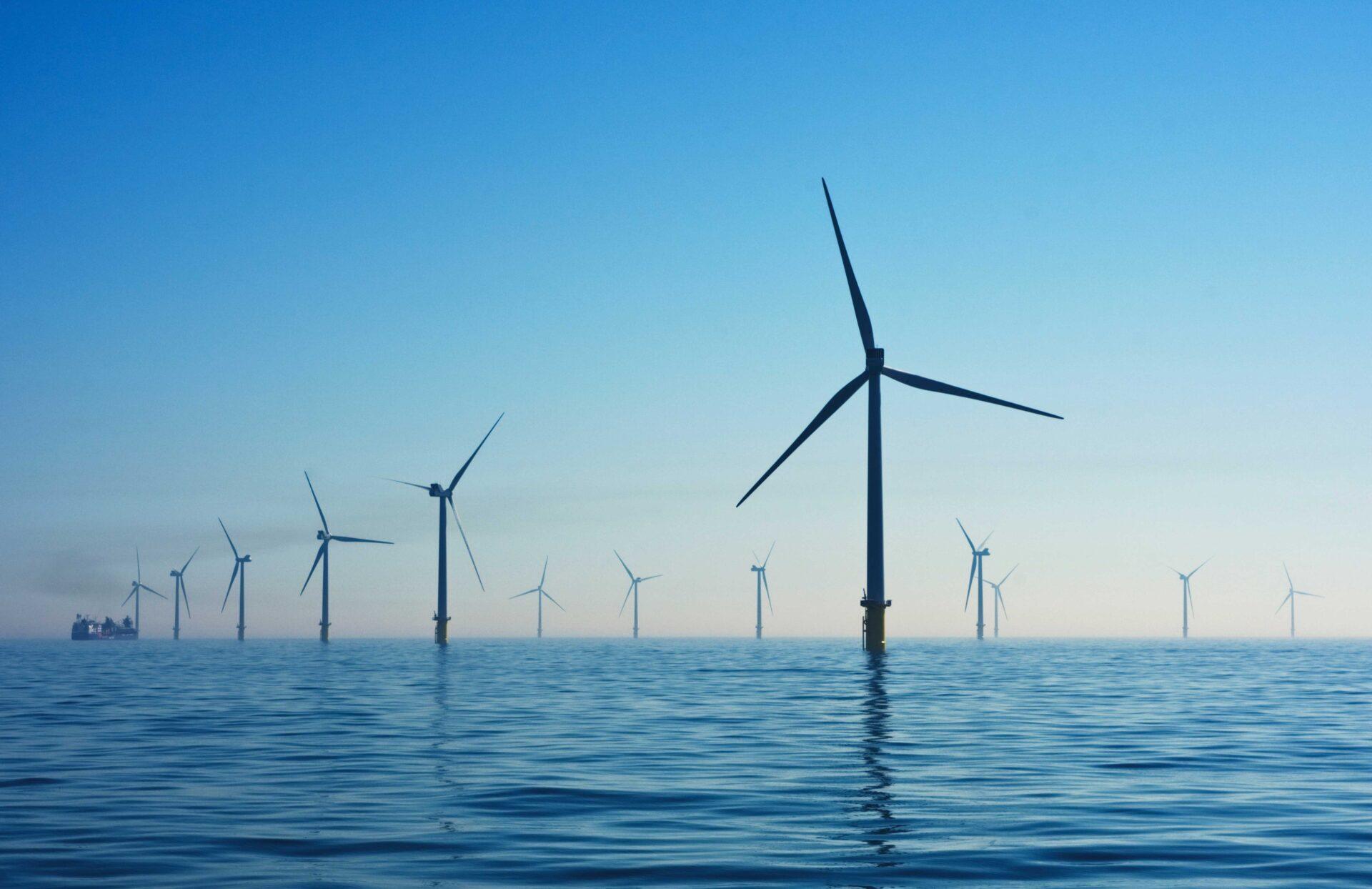 https://www.ccifrance-allemagne.fr/wp-content/uploads/2021/01/energie_eolienne_mer-scaled.jpg