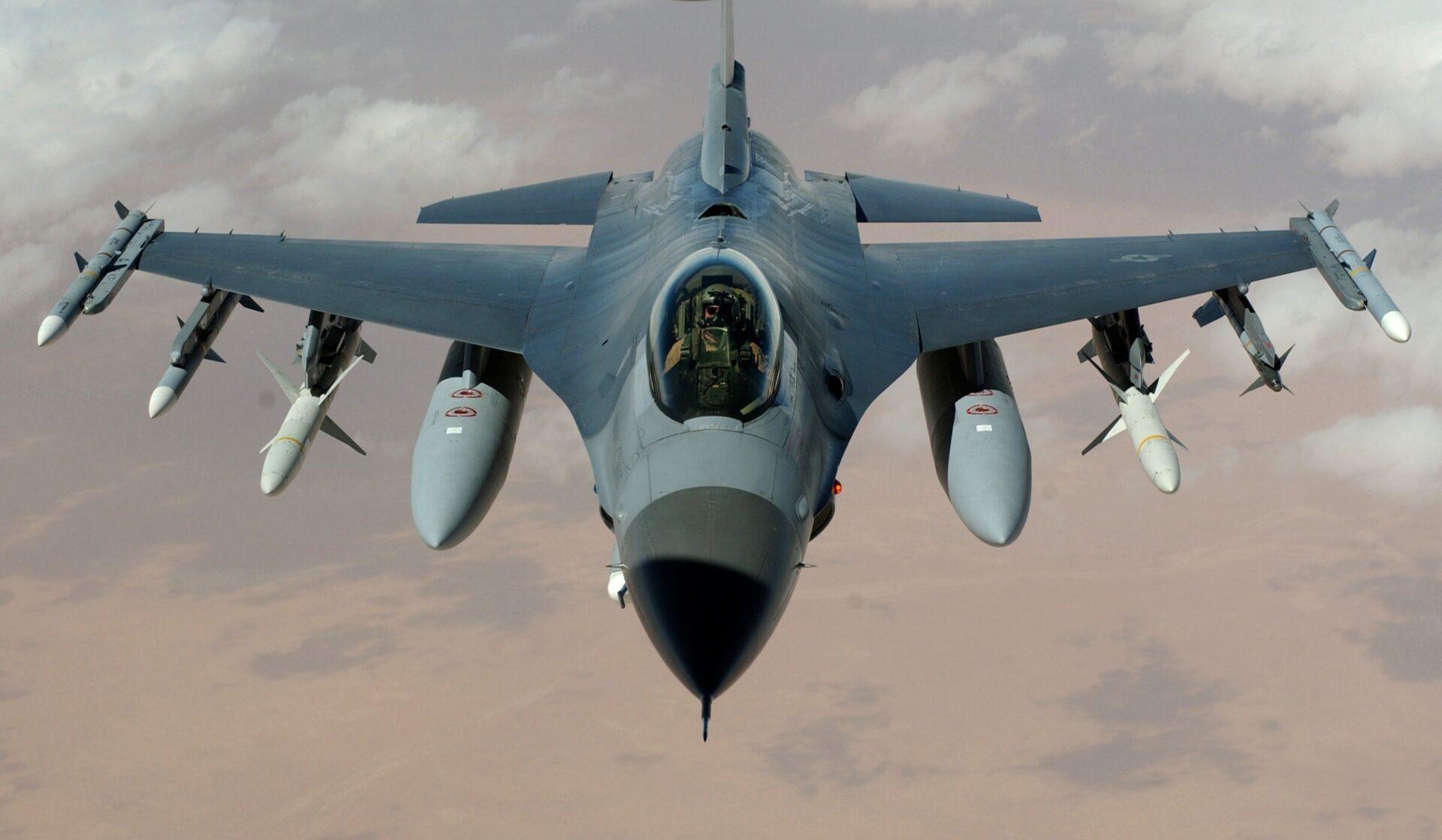 avion de défense militaire en plein vol armée de missile dans le secteur de la défense allemand