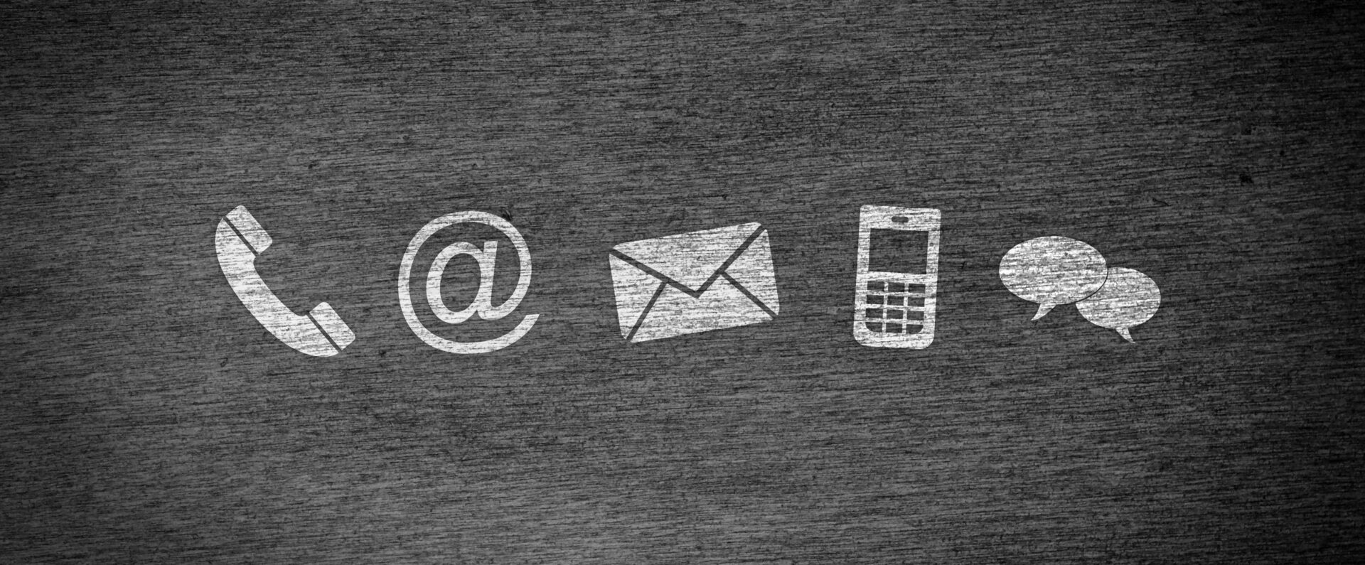Telefon, E-Mail, Post, Handy und Chat-Symbol