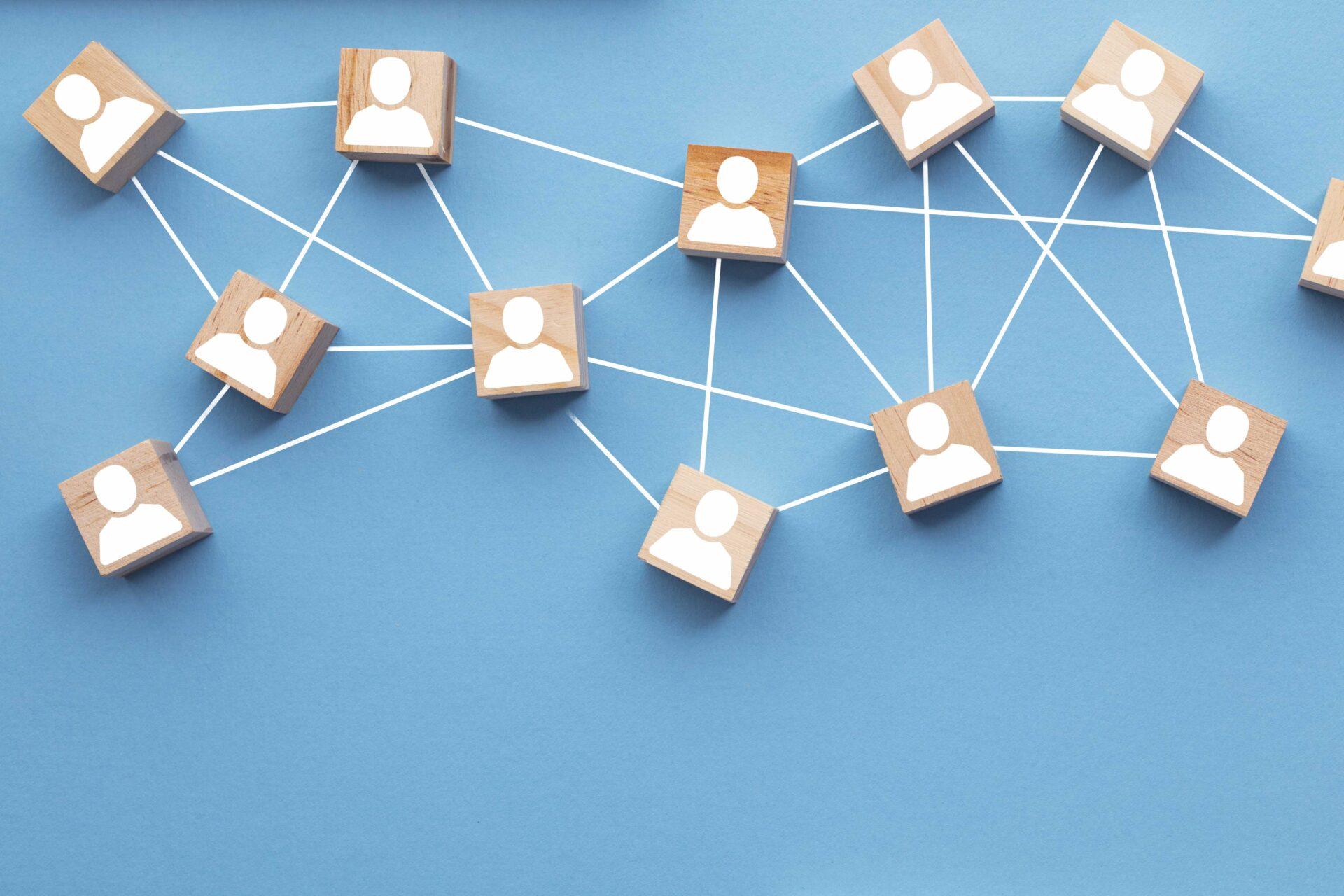 Profile von Personen, die durch ein Netzwerk verbunden sind