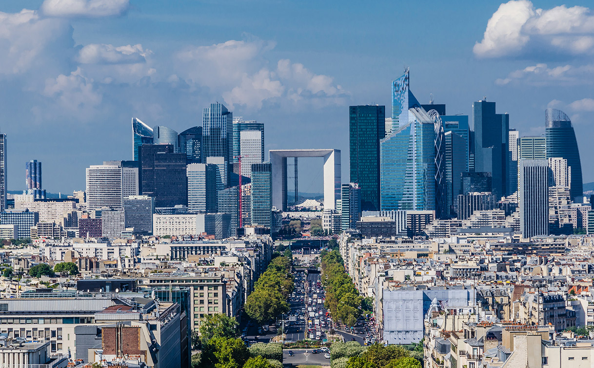 Das Hochhausviertel la Défense in Paris