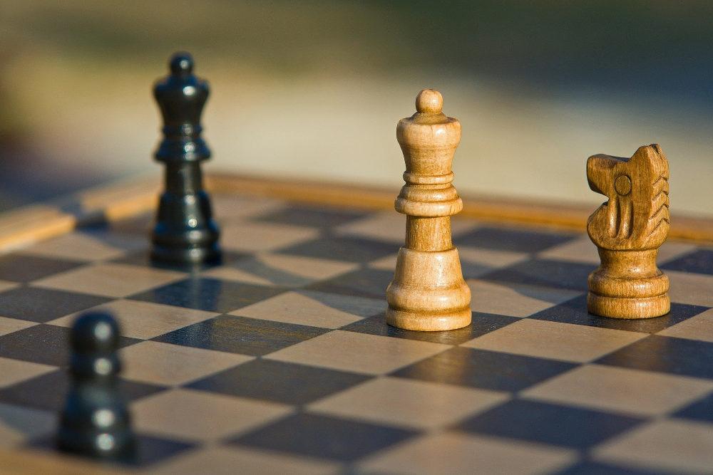 https://www.ccifrance-allemagne.fr/wp-content/uploads/2021/03/strategie_Schachspiel.jpg
